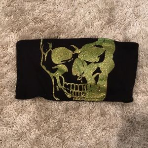 Black and green glitter skull top